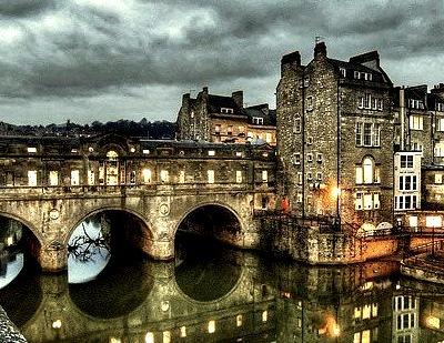 Dusk, Pulteney Bridge, Bath, England